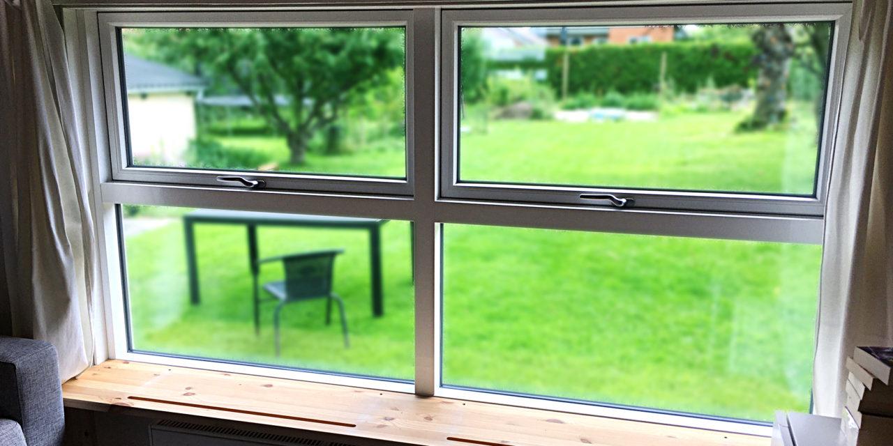 Siddepladser i vindueskarmen