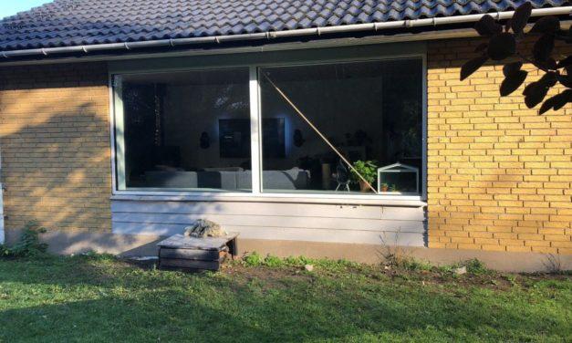 Stor forandring med nye hvide vinduer