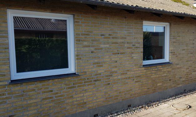 Lydisolerende vinduer til hus tæt på trafikeret vej